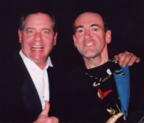 Billy as Sinatra with Arkansas Governer Mike Huckabee